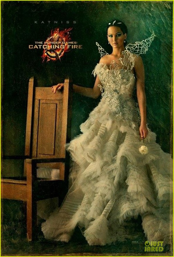 jennifer-lawrence-hunger-games-cathing-fire-katniss-portrait-01